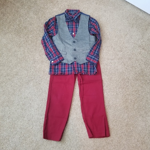 Izod Other - Izod 4 Piece Set, Bow Tie, Pants, Long Button Down